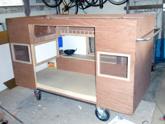Ideas innovadoras : un lugar para las personas sin hogar.