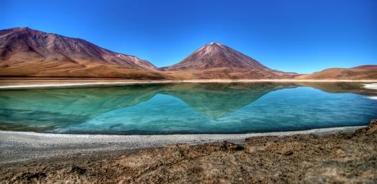 Laguna_Verde_en_Bolivia