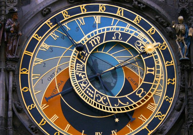 prague-astronomical-clock-l