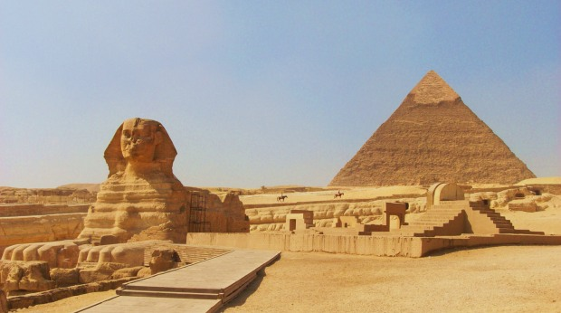 the-sphinx-at-gizacairo-in-egypt-with-the-pyramid-of-chephren-khafre-in-the-background