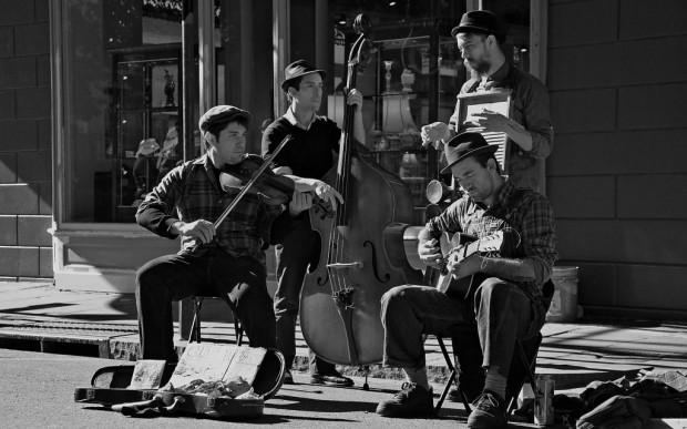 2012-01-16-Bourbon-Street-Musicians-1024x640